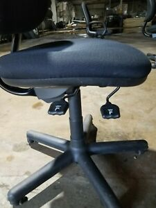 Steelcase Chair Model 4535330