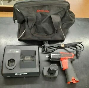 Snap on Ct761a 3 8 Cordless Impact Wrench Battery Battery Charger