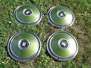 Mercury Grand Marquis Hubcaps 15 Set Of 4 Green Centers 1973 78 Few Scratches
