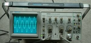 Tektronix 2235a 100mhz Oscilloscope Calibrated With Two Probes Sn B017145