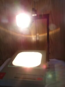 f 3m Model 900aje Overhead Transparency Projector with Bulb 905d