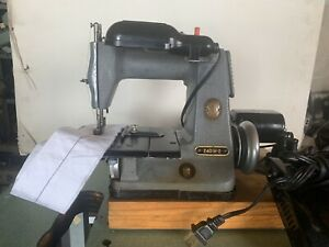 Singer 240 W2 Electric Motor Portable Sewing Machine Chain Stitch