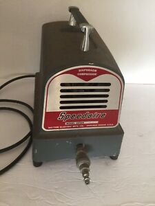 Dayton Electric Speedaire Diaphragm Compressor Model 2z369