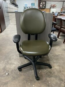 Steelcase Criterion Ergonomic Chair