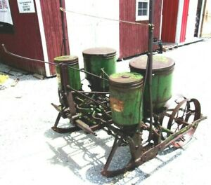 John Deere 2 Row Planter With Fertilizer Boxes free 1000 Mile Delivery From Ky