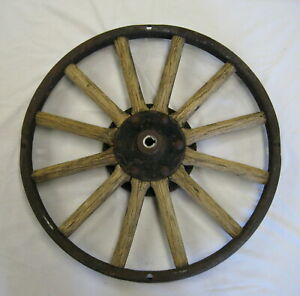 Antique 23 Wood Wheel For Ford Model T With Rear Hub Marked Hayes