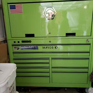 Matco 4s Tool Box With Hutch Power Strip Drawers Made In 2017 Excellent Cond
