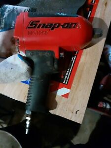 Snap on Tools Mg1250 3 4 Drive Heavy Duty Air Impact Wrench