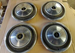 1970 1971 Lincoln Mark Iii Hubcaps Set Of Four
