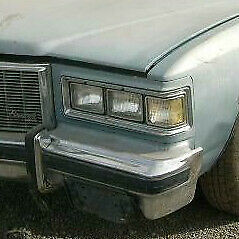 Pontiac Bonneville Grandville 1975 1976 Left Hl Bezel With Corner Light