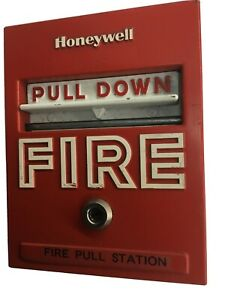 Vintage Honeywell S465a 1018 Manual Fire Alarm Pull Station Non Coded No Key