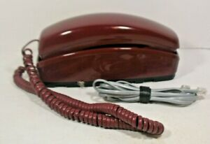 Gte 2384 Desk Wall Convertible Corded Telephone Maroon Color
