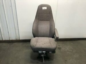 2014 Freightliner Cascadia Right Seat Air Ride