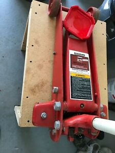 Blackhawk 2 Ton 1815 Kg Floor Jack Model 67424
