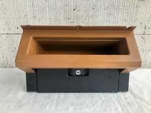 87 95 Jeep Yj Wrangler Dash Board Glove Box Assembly No Key Spice Dark Tan