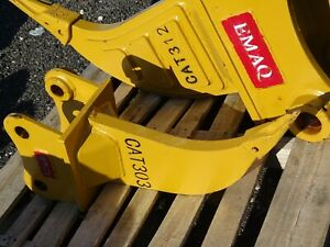 Single Shank Mini Excavator Ripper 40mm Pin 5 1 2 between Ears Cat303