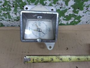 1956 Mercury Custom Wagon Dash Clock Motocmron 612 Model D602 g3 1955 Oem