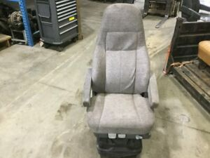 2015 Freightliner Cascadia Both Air Ride Seat