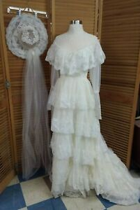 Vintage 1980s Ruffled Lace Tiered Wedding Dress w/ Hat Veil