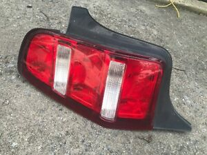 10 11 12 Ford Mustang Left Tail Light Driver Lamp 2012 2011 2010