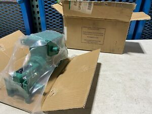 One Leroy Somer Electric Motor Ls56mpfmd t And Gear Reducer 220 240v Nos
