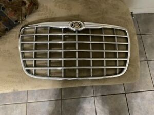 2005 2006 2007 2008 2009 2010 Chrysler 300 300c Oem Front Grille 04805928aa