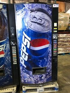 Pepsi Vendo 480 8 Soda Vending Machine W bill Coin Acceptor