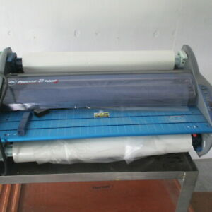 Gbc Heatseal Pinnacle 27 Ez Load Thermal Roll Laminator 27 With 4 Rolls