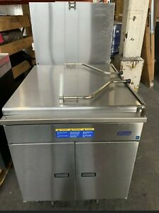 Pitco Gas Donut Fryer 24pss 120 000btu h 24x24