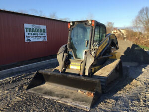 2015 New Holland C232 Compact Track Skid Steer Loader W Cab Only 900 Hours