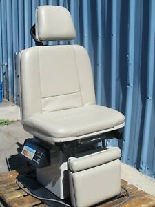 Midmark 411 Exam Procedure Chair Power Table With Pad And Hand Remote Control