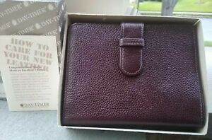 Vintage 80 s New Day timer Genuine Burgundy Pebbled Leather 6x5 Original Box