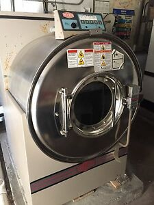 Milnor 60 Lb 30022t5e Commercial Washer
