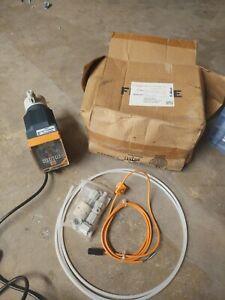 New In Box Prominent 05 Gph Chemical Metering Pump Kit