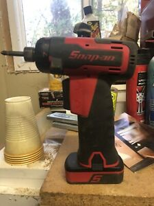 Snap on Cts725 Cordless 1 4 Hex Screwdriver Come W Battery