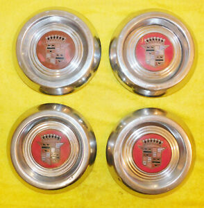 1953 1954 1955 Cadillac Orig Kelsey Hayes Sabre Or Wire Wheel Center Hub Caps