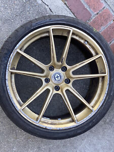 Set Of 4 Wheels Hre Front 10 X 20 And Rear11 X 20 two Of Them Have Scratch