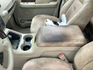 2003 2006 Ford Expedition Console Front 798722