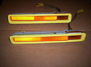 1970 71 Plymouth Cuda Barracuda Yellow Side Marker Lights Assembly Fronts L r
