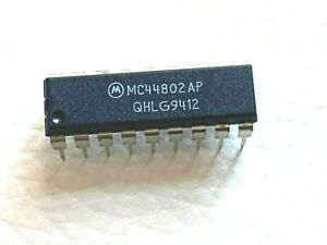Mc44802ap Pll Tuning Circuit With 1 3ghz Prescaler Original Motorola Lot Of 2