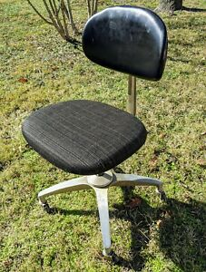Vintage Shaw Walker Mid Century Metal Industrial Chair Great Condition