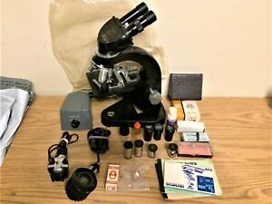 Ernst Leitz Wetzlar Binocular Microscope W Case Extra Eye Pieces Light Units