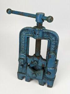 Hollands No 400 Bench Mount Pipe Vise Vintage Erie Usa Clamp