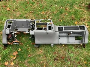 94 97 Dodge Ram Dash Dashboard Core Structure Frame Mount Assembly Gray