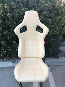 Light Beige Cream Leatherette Universal Racing Seats Pair New Includes Sliders