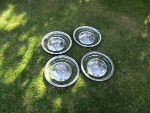 Mid 1960 S Mercedes Benz Hubcaps And Rims For 230 Sl