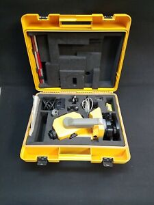 Trimble Ts305 5 Second Reflectorless Total Station In Mint Condition 92