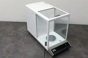 Mettler Ae100 Analytical Balance 100g 0 1mg Tested powers On And Calibrates