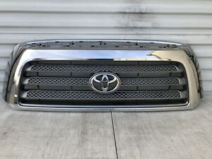 2007 2013 Toyota Tundra Front Grille Oem