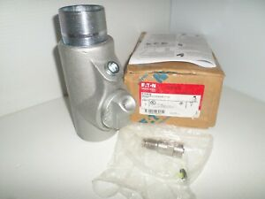 new In Box Eaton Crouse Hinds Eyd616 2 Explosion Proof Sealing Fitting